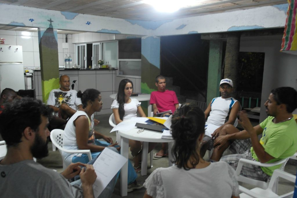 Reuniões entre os organizadores do projeto e moradores da comunidade são ações fundamentais para o sucesso do Viva Bairro. Foto: Divulgação