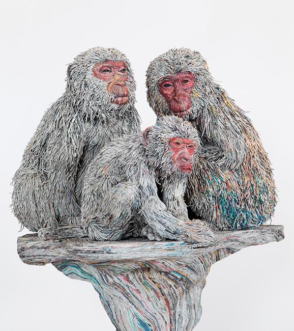 escultura-jornal-animais-01