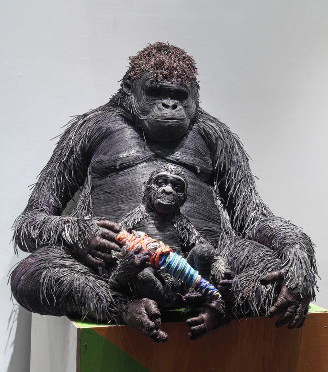 escultura-jornal-animais-08
