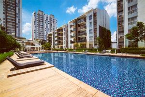 Economize água na piscina do condomínio