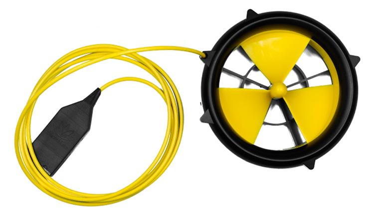 Turbina recarrega celular com água ou vento