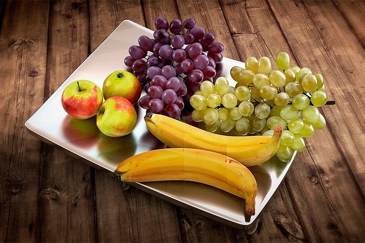 Consuma as frutas da estação e economize água