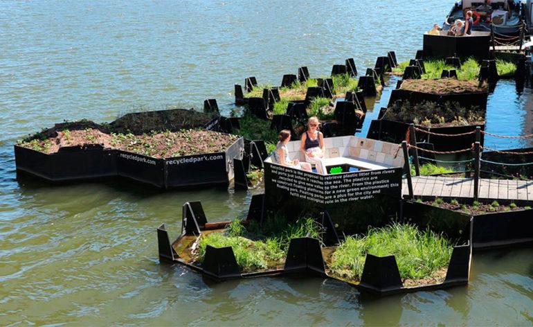 Parque flutuante em Roterdã é feito de resíduos de plástico reciclado