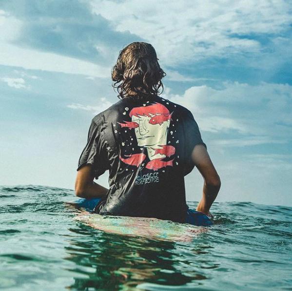 Loja on-line para surfistas aposta em produtos sustentáveis